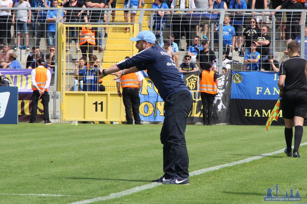 Löwen-Trainer Daniel Bierofka hatte das richtige Händchen (Foto: Hell)