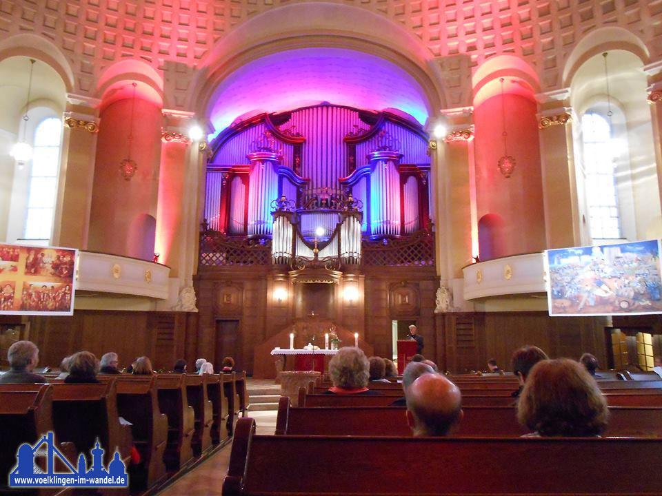 Das innere der Versöhnungskirche Völklingen