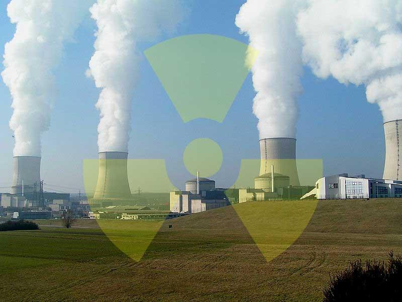 Kernkraftwerk in Cattenom, Frankreich - Foto: Stefan Kühn | Grafik: A.Hell