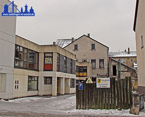 KiTa St. Eligius - im Hintergrund das Kolpinghaus - Foto: A.Hell