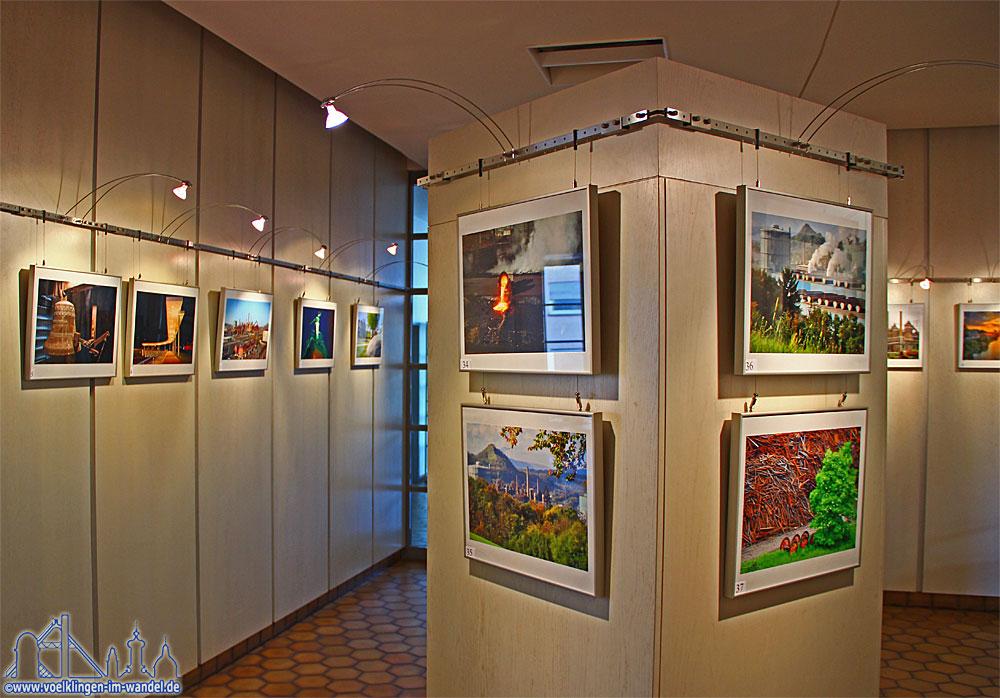Die Auswahlausstellung des Postkartenwettbewerbs 2013/14
