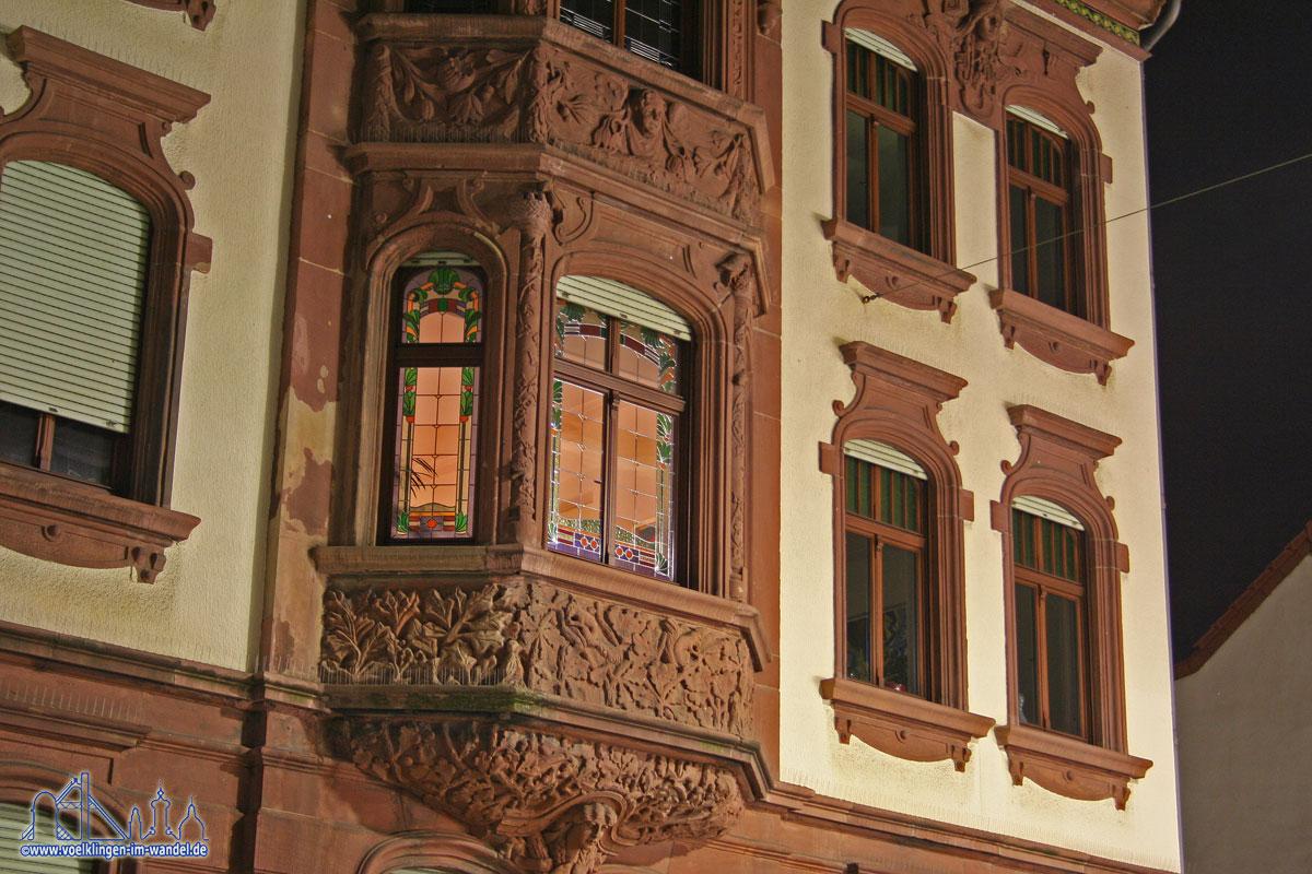 Fassade eines schönen Wohnhauses
