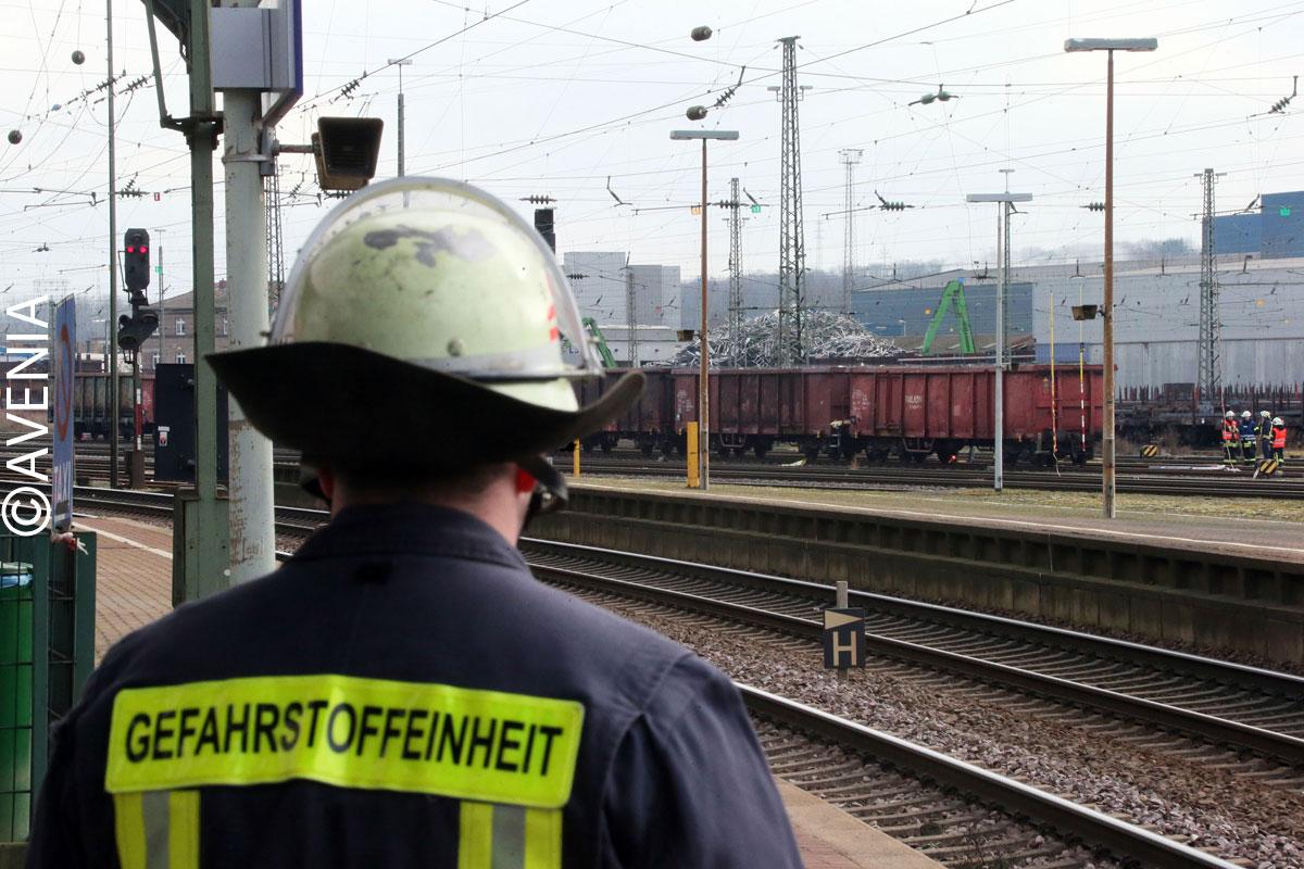 Gefahrstoffeinheit der Feuerwehr Völklingen im Einsatz (C) AVENIA