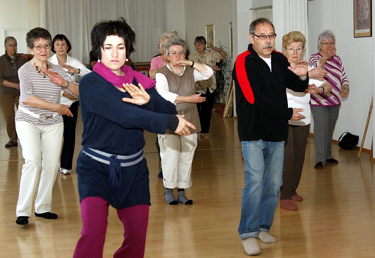 Bewegung bei der Seniorenakademie (Foto: Stadt VK)