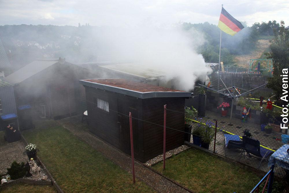Brand eines Gartenhauses in Ludweiler - Foto: Avenia