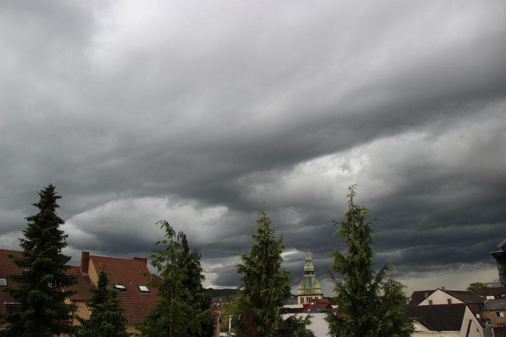 Gewitterwolken über Völklingen