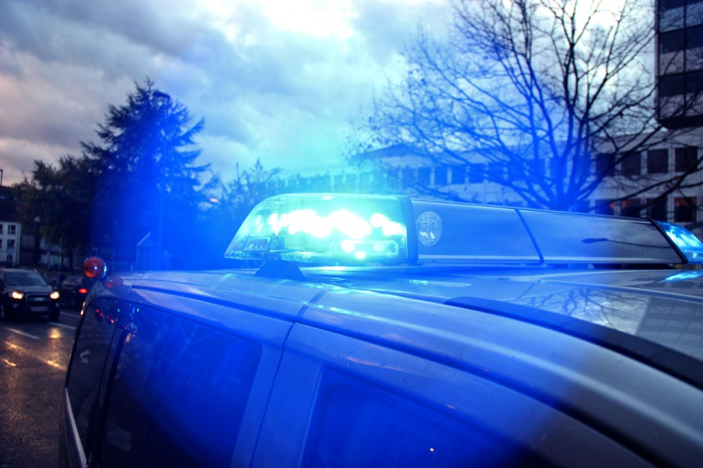Polizei im Einsatz (Foto: Hell)