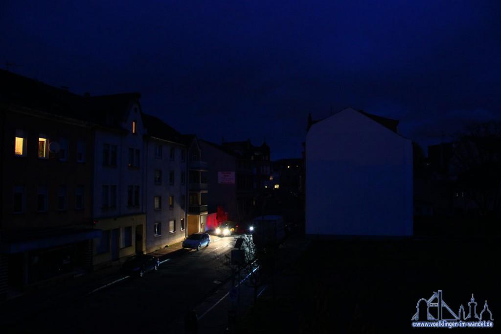 In Völklingen blieben am Sonntag die Straßenlichter für längere Zeit aus. (Foto: Hell)