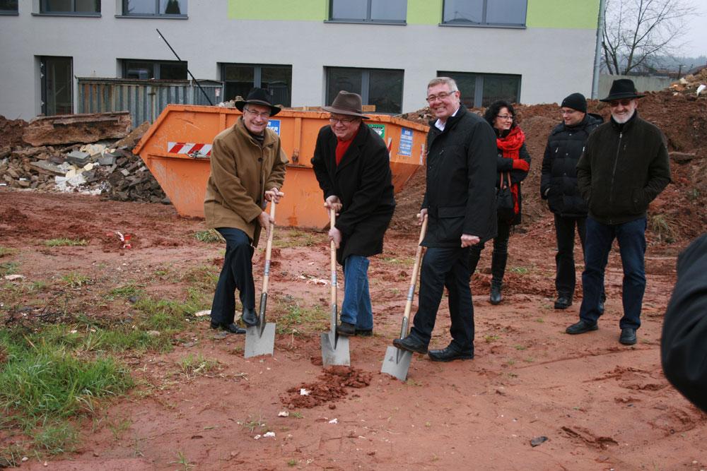 Spartenstich in Lauterbach: Ein Multifunktionsfeld wird eingerichtet. (Foto: Stadt)