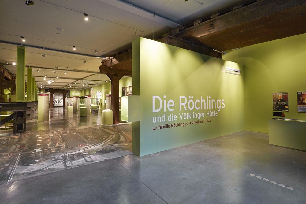 """Die Ausstellung """"Die Röchlings und die Völklinger Hütte"""" in der Erzhalle des Weltkulturerbes Völklinger Hütte Copyright: Weltkulturerbe Völklinger Hütte/Hans-Georg Merkel"""