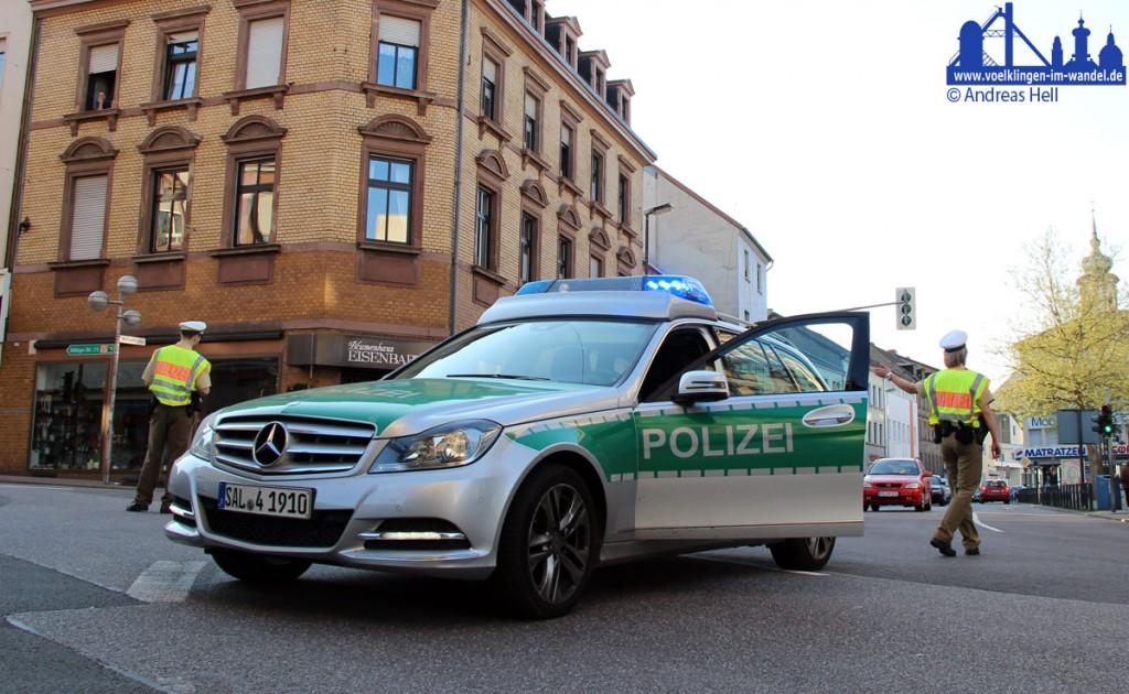 Die Polizei im Einsatz (Symbolfoto: Hell)
