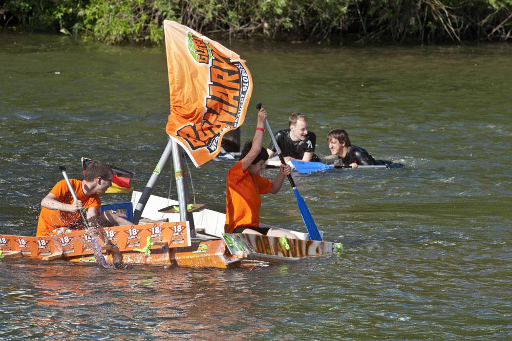 Pappbootrennen beim Saarfest: Auch 2015 feste Teil des Programms (Foto: Stadt)