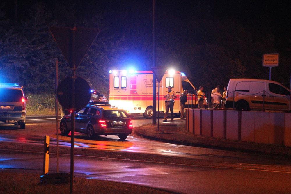 Mehrere Einsatzkräfte waren vor Ort (Foto: www.blaulichtreport.saarland - C. Klein)