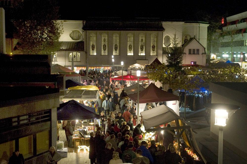 Der Mondscheinmarkt 2009 (Foto: Stadt VKL)