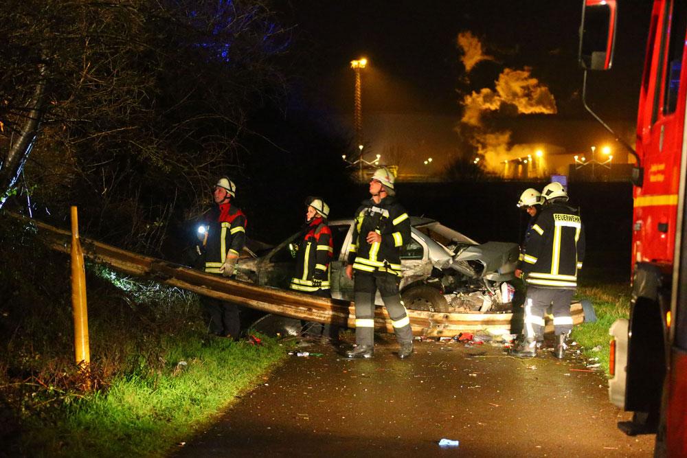 Die Feuerwehr hatte alle Hände voll zu tun (Foto: Avenia)