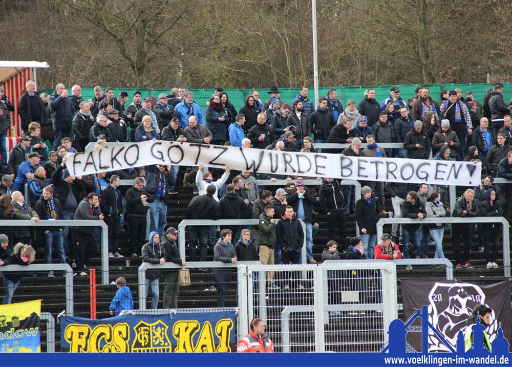 Ein Statement der Fans (Foto: Hell)