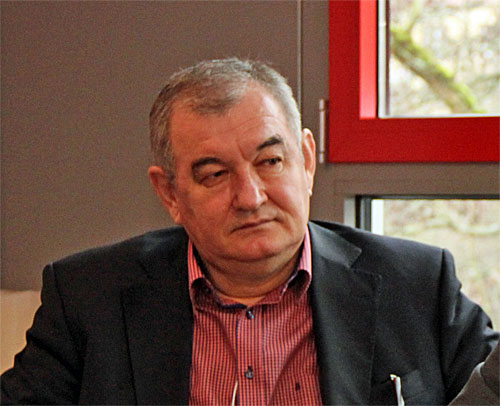 Milan Sasic, Geschäftsführer Sport, Abteilungsleiter der Profiabteilung des 1.FCS bei der PK zur Stadionmiete (Foto: Hell)