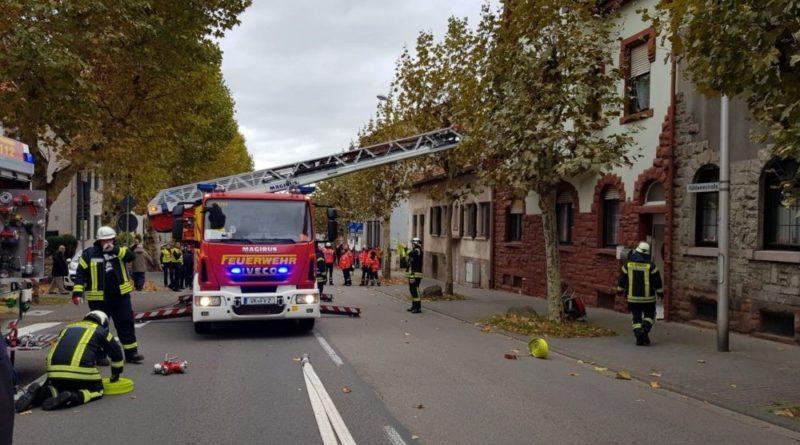 In der Küche der Wohnung wurde von dem Angriffstrupp ein Topf mit angebranntem Essen entdeckt, der den Alarm ausgelöst hatte. (Foto: FFW Völklingen)