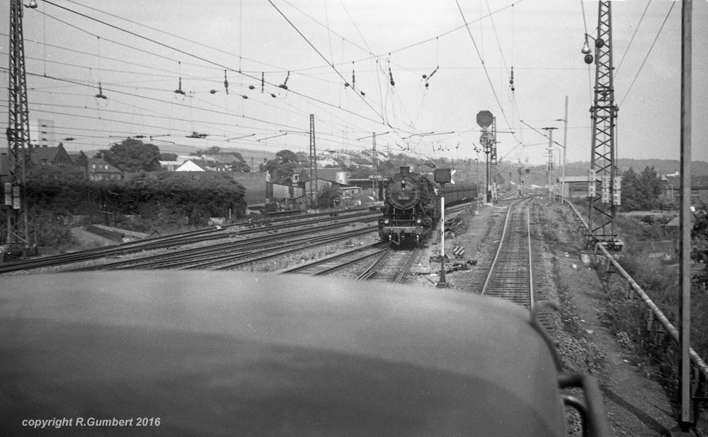 14. August 1964: Eine Mitfahrt auf der dort Dienst habenden V 60, am Ablaufberg kam die 50 483 aus Saarbrücken herein Reinhard Gumbert)