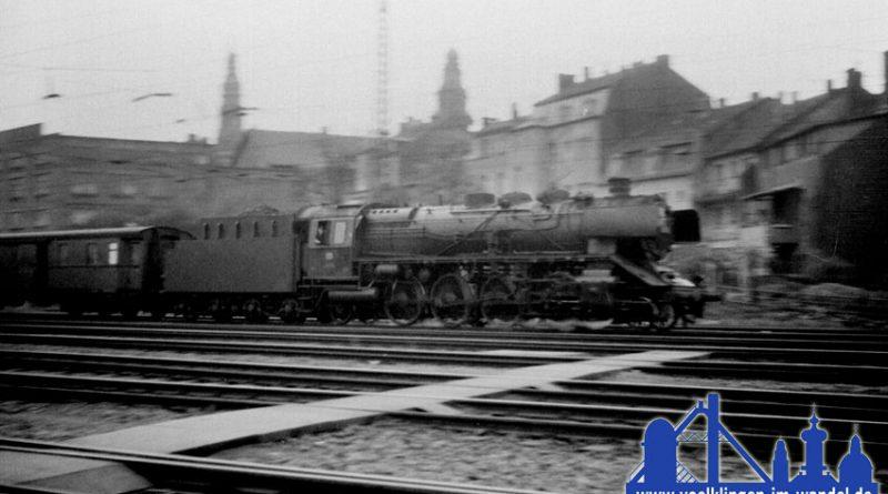 38 2307 vom Bw Trier mit ihrem Personenzug nach Saarbrücken © R. Gumbert