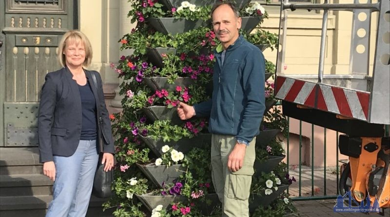 Blumenpracht in der Stadt (Foto: Stadt VKL)