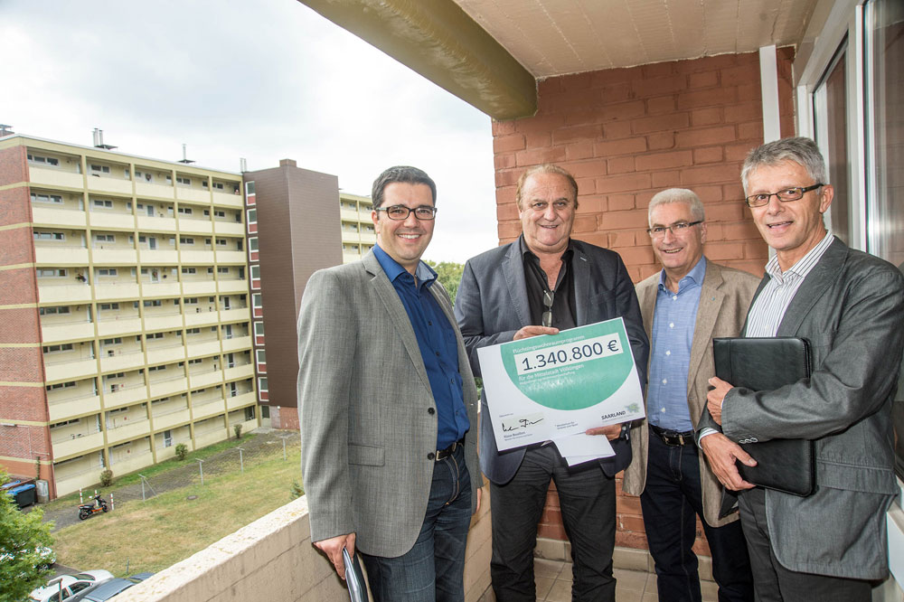 1.340.800 Euro aus Flüchtlingswohnraumprogramm an Stadt Völklingen übergeben (Foto: Stadt VKL)