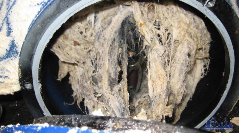 Feuchttücher verstopfen Pumpe (Foto: ZKE)