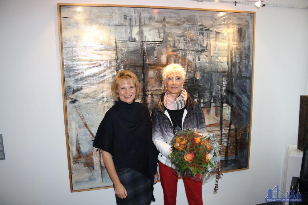 Bei den jüngsten Europameisterschaften der Seniorinnen gewann Elvira Richter die Silbermedaille – ein Grund für Völklingens Oberbürgermeisterin Christiane Blatt, die erfolgreiche Völklinger Sportlerin ins Neue Rathaus einzuladen. (Foto: Stadt)