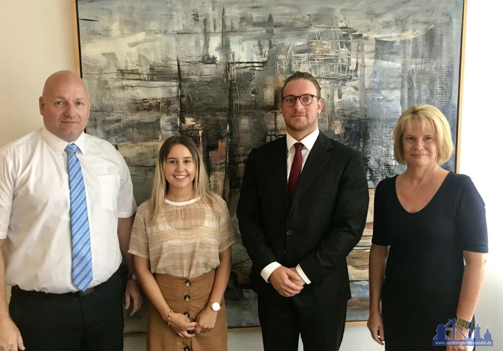 Von links nach rechts: Bürgermeister Sellen, Maria Russo, Timm Mathis, Bürgermeisterin Blatt (Foto: Stadt VKL)
