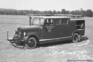 Türbeschriftung: Freiwillige Werksfeuerwehr der Röschlingschen Eisen- und Stahlwerke © Historisches Archiv Iveco Magirus