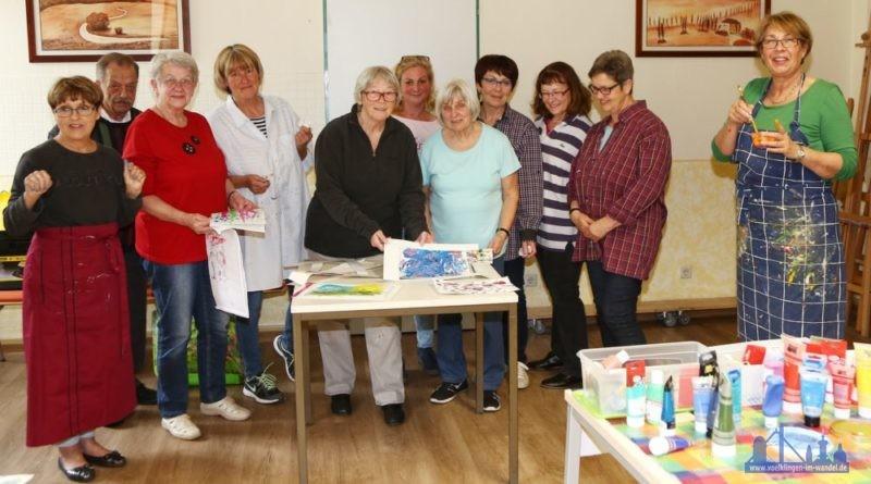 Malen mit der Völklinger Künstlerin Evelyn Bachelier (Foto: Stadt)