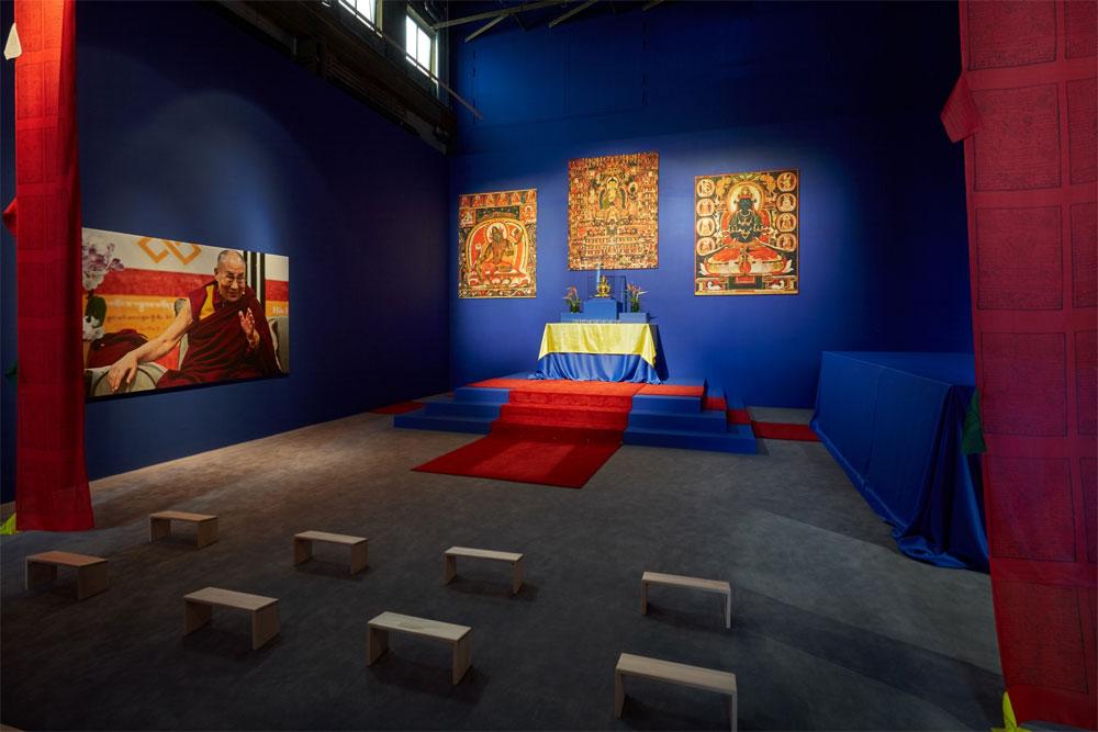 """Meditationsraum in der Ausstellung """"Buddha"""" im Weltkulturerbe Völklinger Hütte Copyright: Weltkulturerbe Völklinger Hütte/Hans-Georg Merkel"""