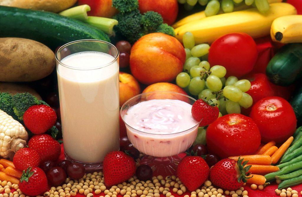 Milchprodukte, Obst und Gemüse (Foto: Gemeinfrei/Wikipedia)
