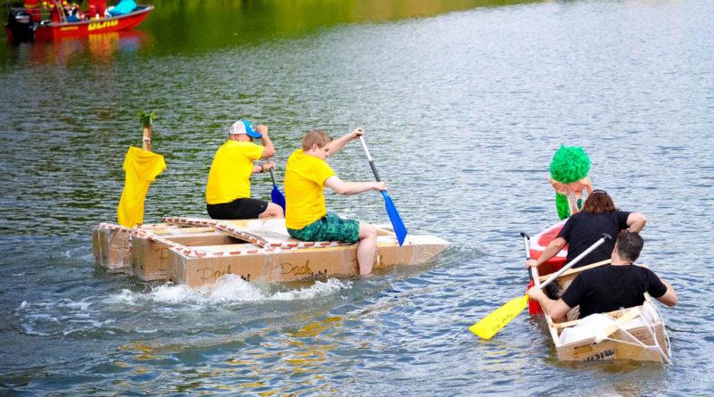 Pappbootrennen beim Saarfest 2015 (Foto: Stadt Völklingen)