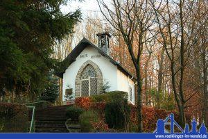 Die Reginakapelle in Fürstenhausen auf dem Hunerscharberg