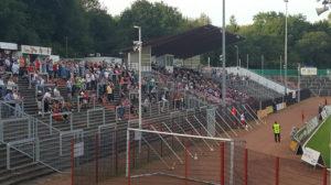 Nur rund 750 Zuschauer wollten den SVR gegen die Zweite des VfB Stuttgart spielen sehen (Leserfoto)