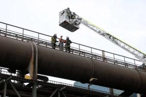 Voller Einsatz bei der Jahreshauptübung am Stahlwerk Völklingen (Foto: Saarstahl AG)