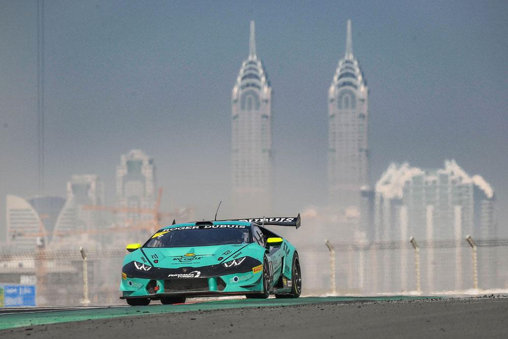 Klassensieg im Lamborghini Super Trofeo vor der grandiosen Kulisse von Dubai - Foto: motorsport-xl.de