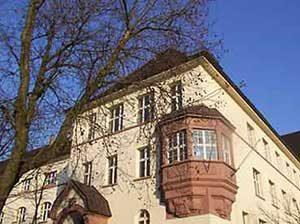Das Albert-Einstein-Gymnasium in der Hohenzollernstraße. (Foto: Hell )