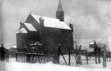 Die erste Kirche Lauterbachs um 1900. © http://www.warndtdom.de