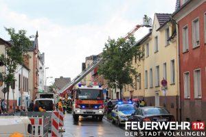Am Montag wurde ein Haus vom Bliz getroffen (Foto: FFW VK)