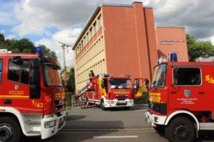 40 Einsatzkräfte der Feuerwehr waren vor Ort (Foto:Hell)