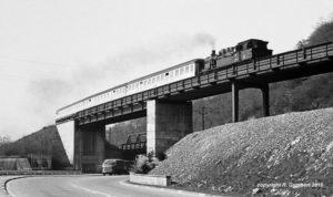 78 298 Bw Dillingen vor P 2153 Völklingen-Lebach am 28.03.1968 (Foto: Reinhard Gumbert)