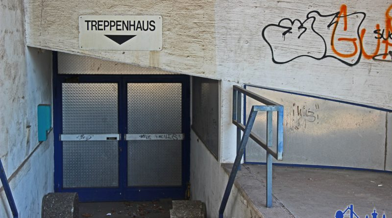 Eingang zum alten Parkhaus (Foto: Hell)