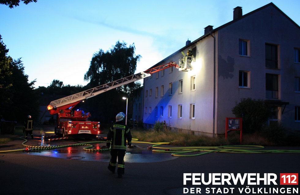 Die Feuerwehr wurde zu einem Brand in einem Gebäude in Wehrden alarmiert. (Foto: Feuerwehr)