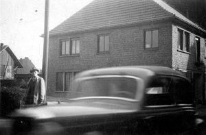 Neubau Druckerei von der Eltz in der Poststraße vor der Versöhnungskirche 1951 © von der Eltz