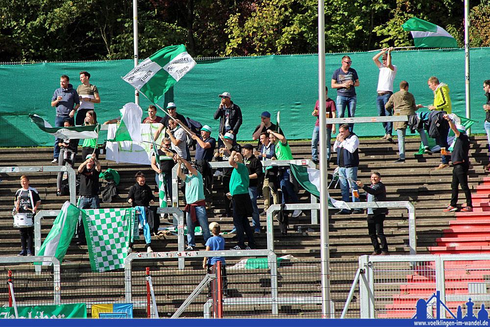 Die Fans von Stadtallendorf konnten früh über die Führung jubeln (Foto: Hell)