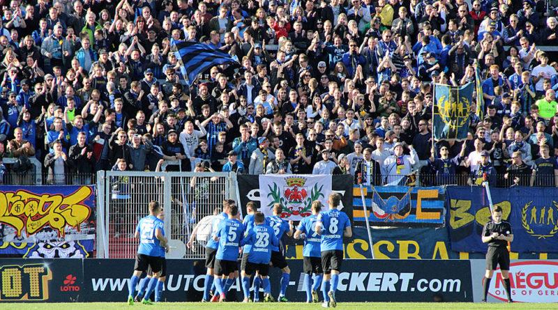 So spielt ein Meister: FCS gewinnt souverän 4:0 gegen Schott Mainz (Foto: Hell)