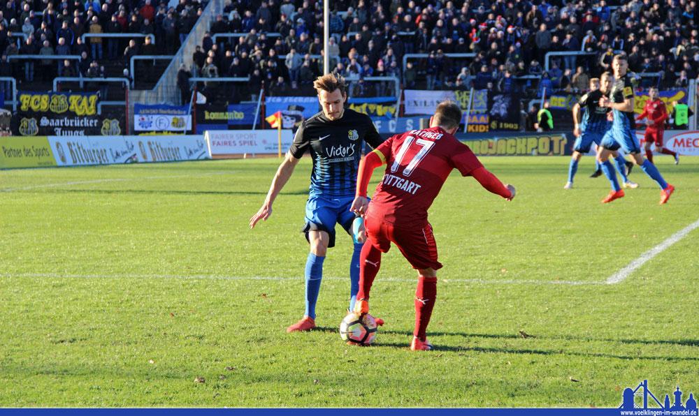 Zurückgedrängt: Der FCS hatte immer wieder mit Angriffen des VfB Stuttgart II zu kämpfen. (Foto: Hell)