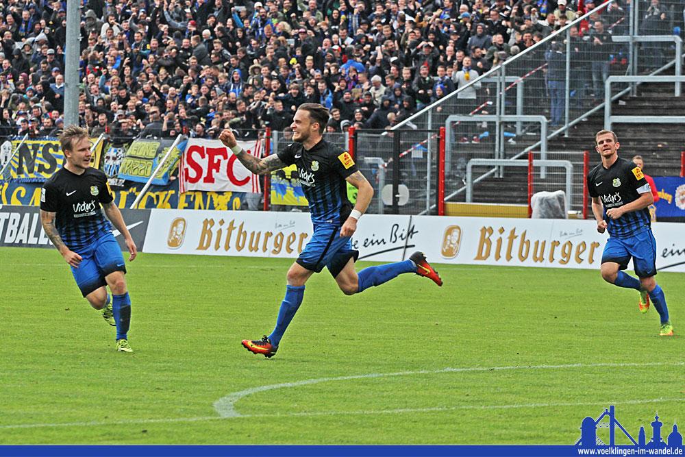 Mit seinem zehnten Treffer stellt er dem FCS nicht nur das Siegtor, sondern reiht sich auch auf Platz 1 der Torschützenliste. (Foto: Hell)